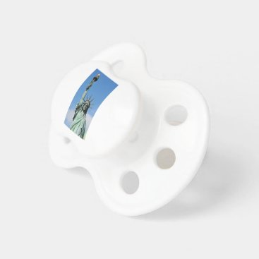 USA Themed The statue of liberty pacifier