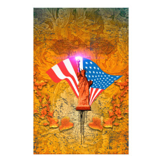 The Statue of Liberty with USA flag Stationery