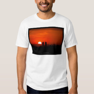 The sun 006 - Sunset at the city T-shirts