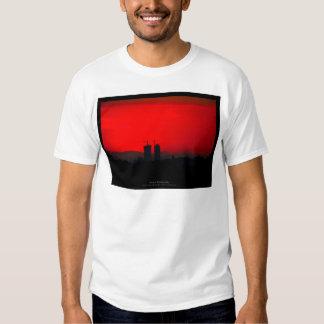 The sun 007 - Sunset at the city T Shirt