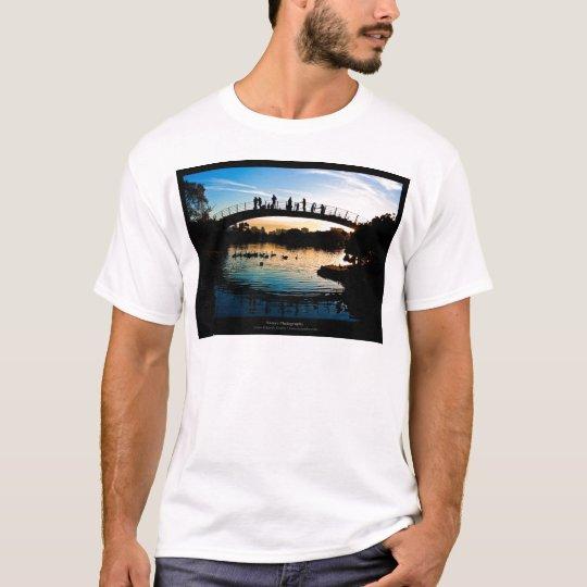 The sun 009 - Sunset at the city T-Shirt