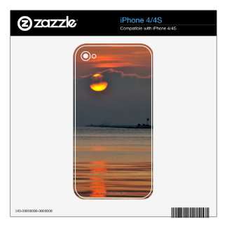 The sun emerges through an off-shore fog bank skin for the iPhone 4