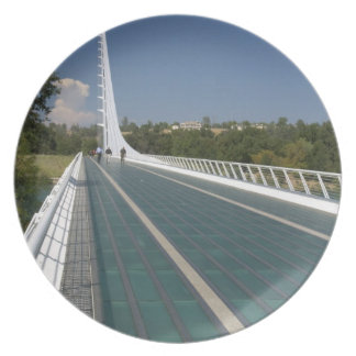 The Sundial Bridge at Turtle Bay Party Plates