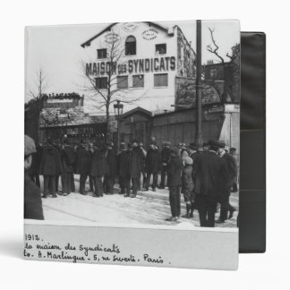 The surroundings of the Maison des Syndicats, 3 Ring Binder