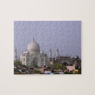 the Taj Mahal dominates the town of Agra Jigsaw Puzzles
