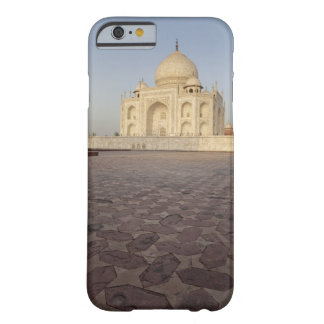 The Taj Mahal from Mehmankhana (guest house) Barely There iPhone 6 Case