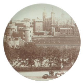 The Tower of London (sepia photo) Party Plates