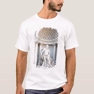 The Trevi Fountain (Italian: Fontana di Trevi) 3 T-Shirt