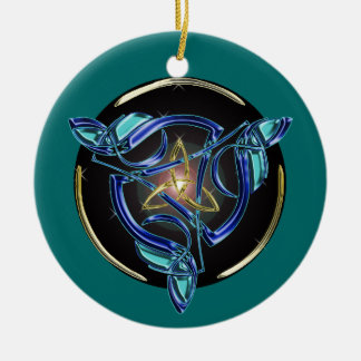 The Triquetra Tree Ornament circle
