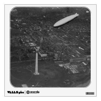 The US Airship 'USS Los Angeles' ZR3 flying over Wall Sticker