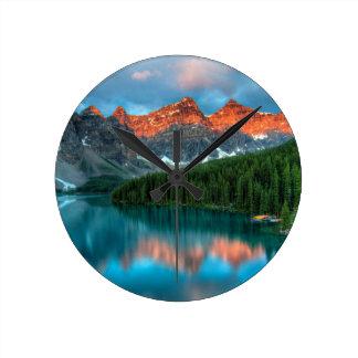 The Vally Round Clock