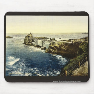 The Virgin's Rock, Biarritz, Pyrenees, France clas Mouse Pad
