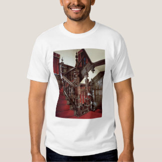 The Well staircase, c.1600 Tshirts