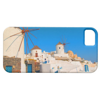 The white buildings and the windmills on the iPhone SE/5/5s case
