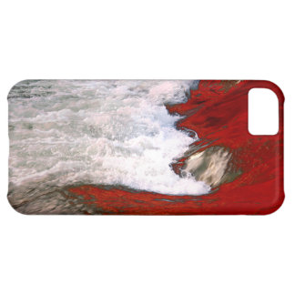 The white foam stops to the red lava river cover for iPhone 5C