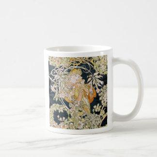 The woman who has miyushiya and hinagiku coffee mug