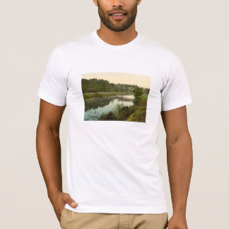 The Wye, Goodrich, Herefordshire, England T-Shirt