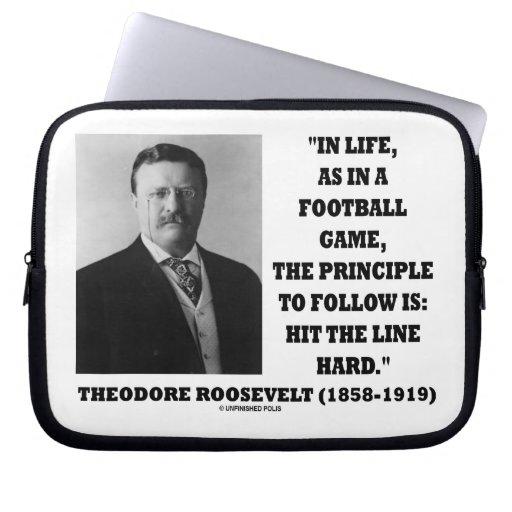 Theodore Roosevelt en principio del partido de fút Manga Portátil