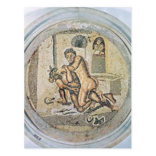 Theseus que lucha con el Minotaur Postales