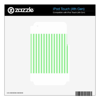 Thin Stripes - White and Light Green Skins For iPod Touch 4G