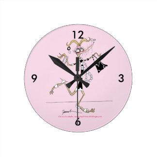 thinking of me ! round clock