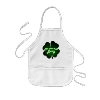 This clover feels lucky too kids' apron