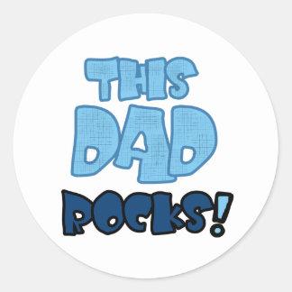 THIS DAD ROCKS CLASSIC ROUND STICKER