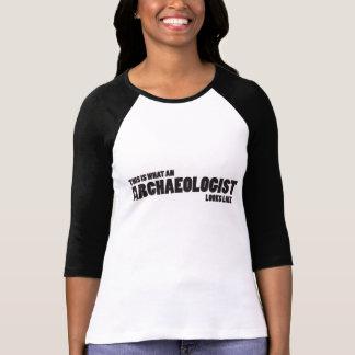 """This is what an archaeologist looks like"" Raglan Tee Shirt"