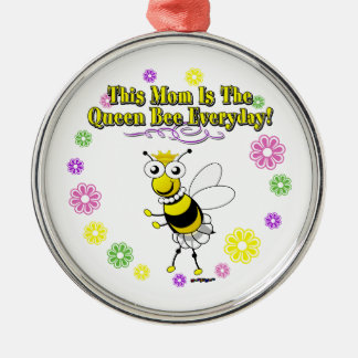 This Mom Is The Queen Bee Everyday Bee Flower Ring Metal Ornament