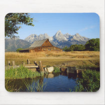 Thomas A. Moulton Barn Mouse Pad