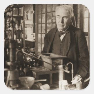 Thomas Edison en su laboratorio Stereoview Pegatina Cuadrada