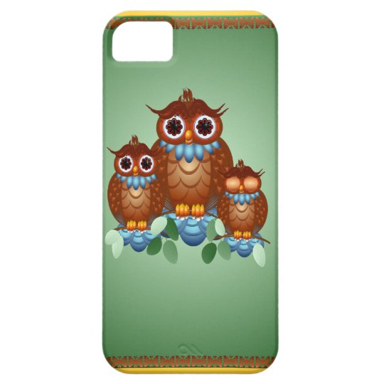 Three Alert Little Owls iPhone 5 case