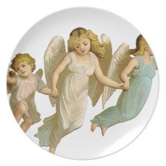 Three angels platos de comidas