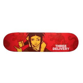 Three Delivery™ Sue Skateboard
