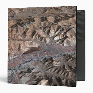 Three-dimensional view of the landscape 3 ring binder