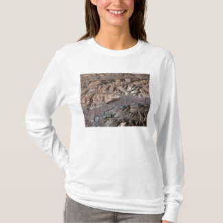 Three-dimensional view of the landscape T-Shirt