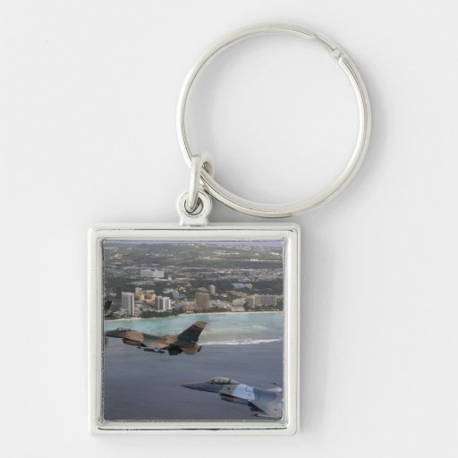 Three F-16 Fighting Falcons fly in formation Key Chain