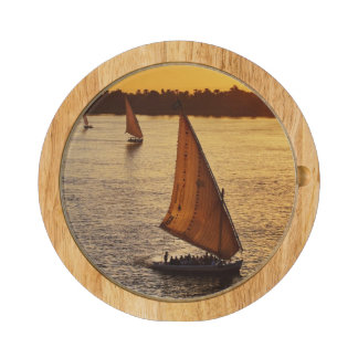 Three falukas with sightseers on Nile River at Round Cheeseboard