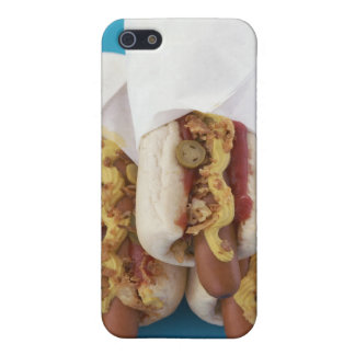 Three hot dogs in buns case for iPhone 5