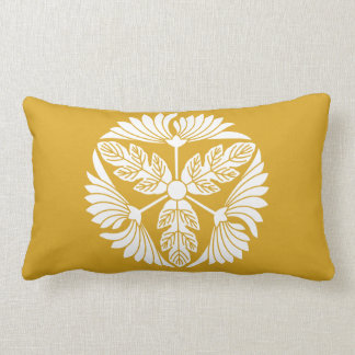 Three leaf chrysanthemums lumbar pillow