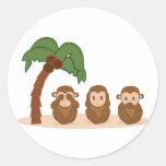 Three little monkeys - three macaquinhos classic round sticker