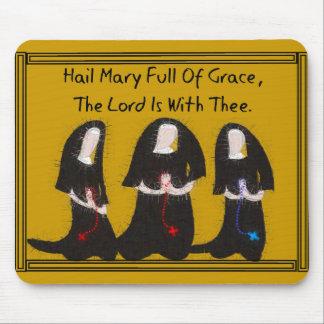 Three Nuns Kneeling Hail Mary Full Of Grace Mousepad