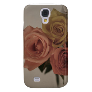 three pale roses Colored in vintage shades Samsung Galaxy S4 Cover