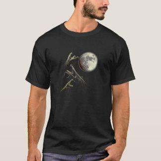 Three Praying Mantis And Moon T-Shirt