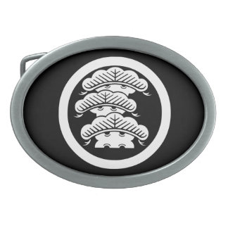Three-tiered pine with arashi L in circle Oval Belt Buckle