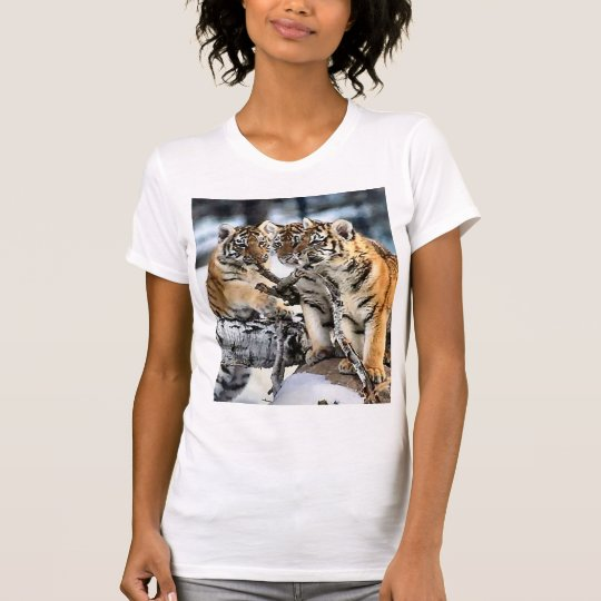 Three Tiger Cubs In Snow Art Gifts T-Shirt
