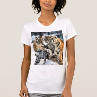Three Tiger Cubs In Snow Art Gifts Tshirt