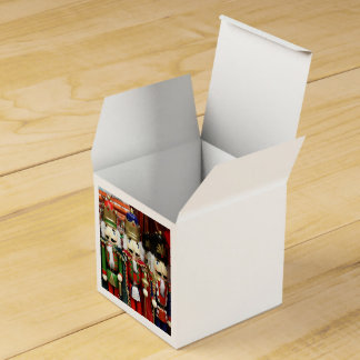 Three Wise Crackers - Nutcracker Soldiers Favor Box