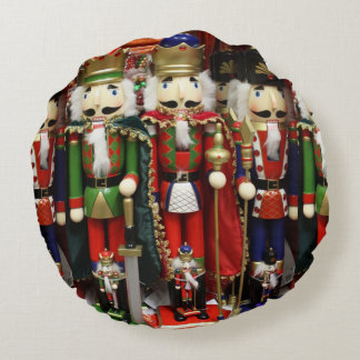 Three Wise Crackers - Nutcracker Soldiers Round Pillow