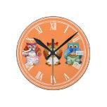 Three wise owls round clock